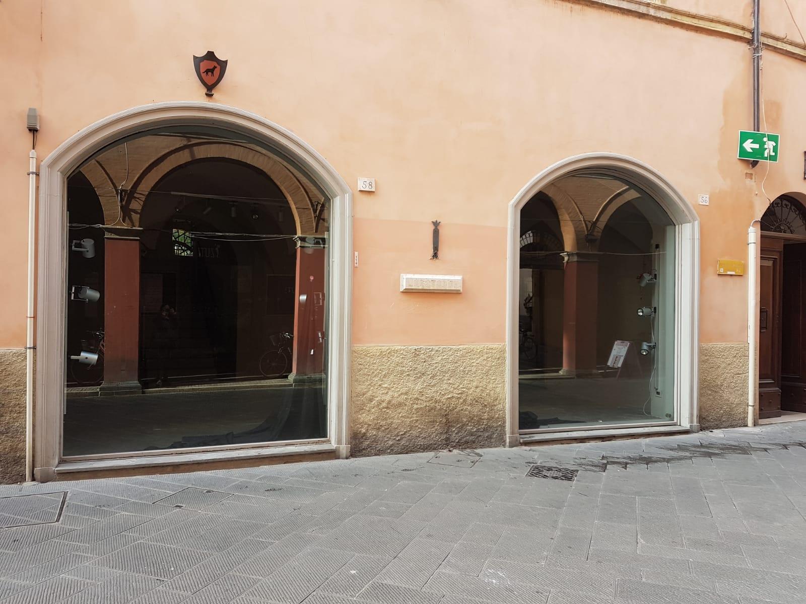 FOLIGNO, Corso Cavour